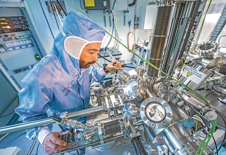 Microscopio. El primer STM fue creado en 1981 y sus inventores –Gerd Binnig y Heinrich Rohrer– ganaron el Nobel de Física de 1986.