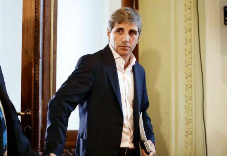Luis Caputo, ministro de Finanzas, declaró un patrimonio de 124 millones de pesos.