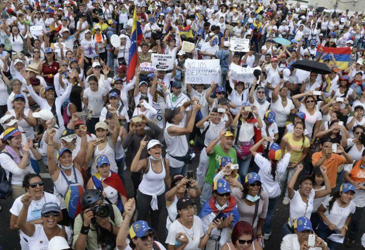 Marcha de mujeres en Venezuela.