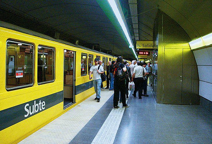Contrato. Quieren que la futura concesión del subterráneo sea por 12 años, con opción a una prórroga de tres años más.