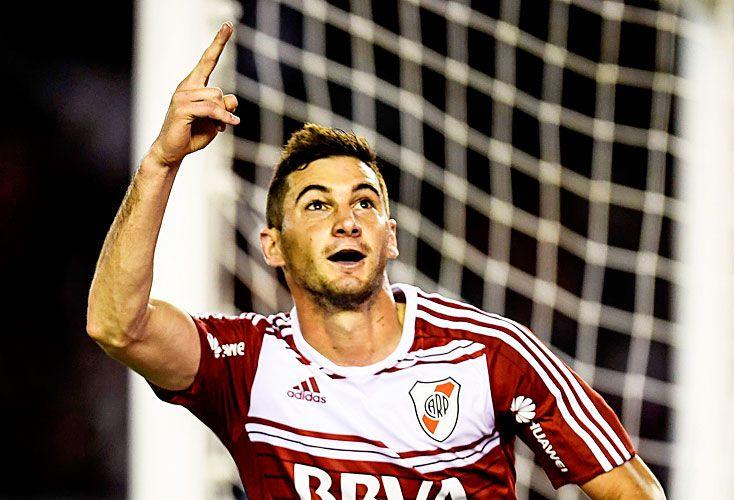 Alario. Convirtió dos goles, el segundo de penal. El delantero suma once tantos en el torneo.