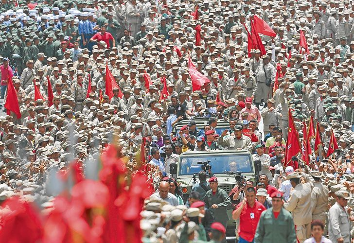 Armados. La Guardia Nacional reprimió protestas de la oposición. No hay fisuras en el frente militar.