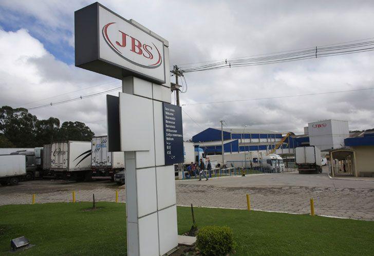 JBS abandona la Argentina.