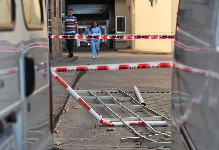 El custodio de Báez resultó herido, al caer de un segundo piso de la Clínica Los Arcos.