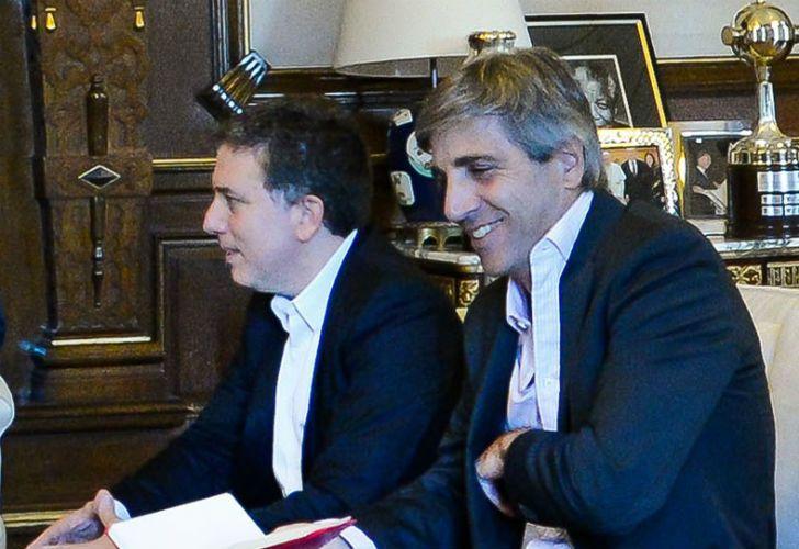 Los ministros de Hacienda, Nicolás Dujovne, y de Finanzas, Luis Caputo.