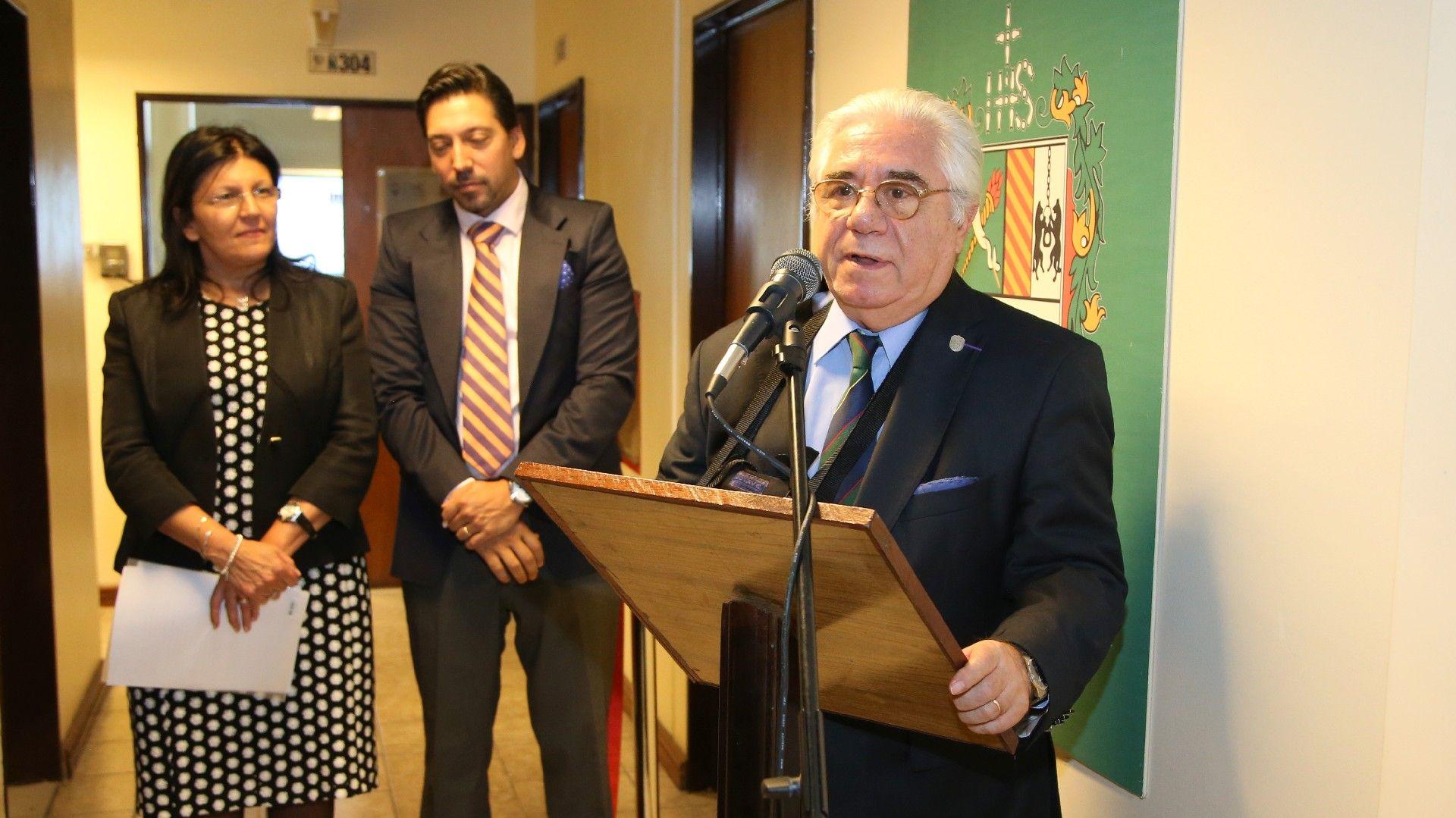 El rector Tobías y el decano Paz junto a Daher