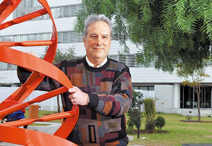 Premiado. Ernesto Calvo sueña con tener en Jujuy un centro de referencia mundial en litio. Su idea para extraer el metal en forma sustentable ganó en Amsterdam.