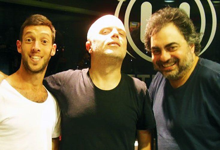 Risas. En una de sus visitas a Metro y medio con Sebastián Wainrach, haciendo chistes judíos. Junto a Fernando Bravo y Roman Iuch. Ganaron en 2016 el Martin Fierro.