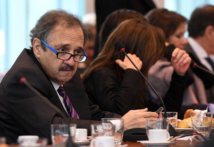 El diputado radical Ricardo Alfonsín rechazó la avanzada del oficialismo contra el diputado del Frente para la Victoria, Julio De Vido.