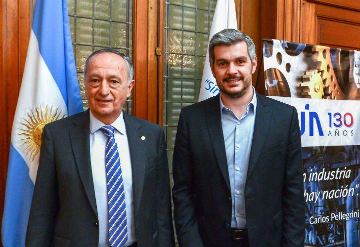 Miguel Acevedo, de la UIA, y el jefe de Gabinete Marcos Peña