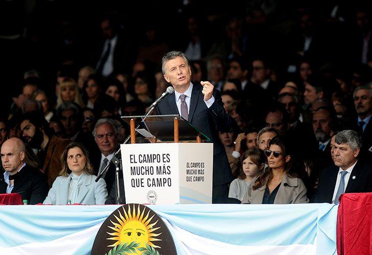 EL PRESIDENTE DE LA NACION, MAURICIO MACRI, ENCABEZA EL ACTO INAUGURAL DE LA 131 EXPOSICION RURAL DE PALERMO, JUNTO AL PRESIDENTE DE LA SRA, LUIS MIGUEL ETCHEVEHERE.