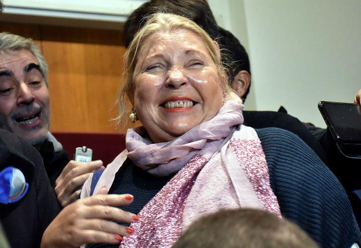 Elisa Carrió dio una charla en el barrio porteño de Palermo, junto al gobernador Rodríguez Larreta.