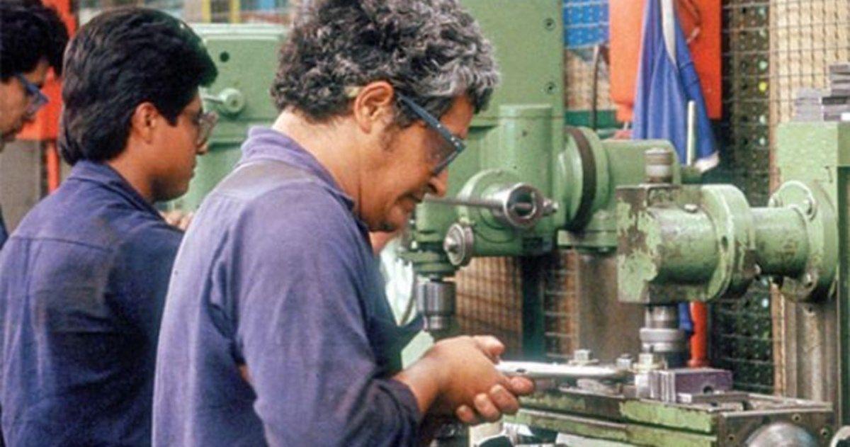 CERTIDUMBRE. Según los economistas, las empresas no crearán empleo sólo porque el mercado laboral se flexibilice. Quieren ver que la economía crece de modo sostenido.
