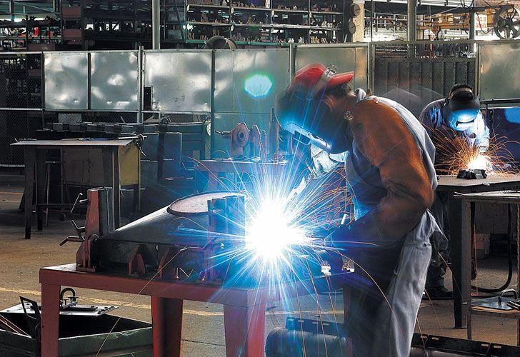 Insumos. Demoras en empresas en plan de importar maquinarias hasta que se estabilicen.