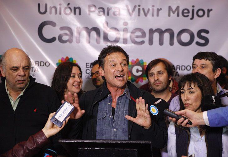 El precandidato a senador por la ''Unión Para Vivir Mejor'' Eduardo Costa festeja en Río Gallegos luego los resultados parciales, que lo dan como ganador por más del 50% en las PASO 2017