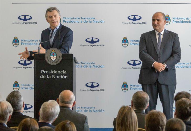 El presidente Mauricio Macri junto al gobernador de Tucumán Juan Manzur.