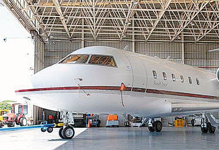 Viejos negocios. Vía Bariloche, a través de Sapsa, voló hasta 2007 y ahora pide 41 rutas. Royal Class hace 24 años que opera en viajes privados y ahora busca una decena de vuelos regulares.