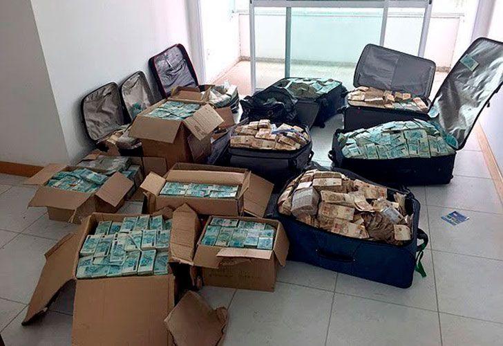 La Policía entró al apartamento de un ex ministro del presidente Michel Temer y encontró grandes maletas y cinco cajas llenas de dinero.