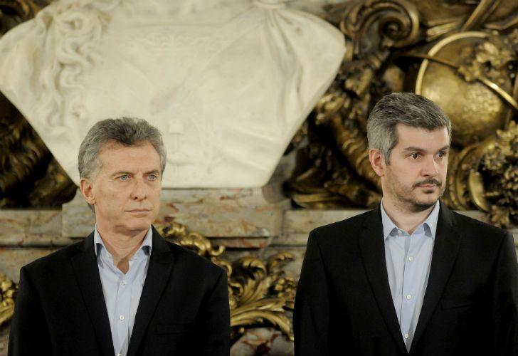 El jefe de Gabinete Marcos Peña junto al presidente Mauricio Macri.