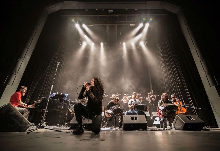 La orquesta Fernández Fierro tocó el sábado en Munro.
