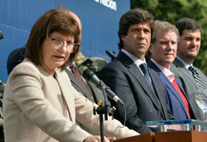La ministra de Seguridad, Patricia Bullrich, junto a su jefe de Gabinete, Pablo Noceti, el secretario de Seguridad Interior, Gerardo Milman, y el subsecretario de Seguridad, Eugenio Burzaco.