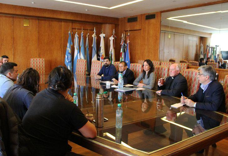 La ministra Stanley recibió a los representantes de organizaciones sociales Juan Carlos Alderete, Juan Grabois, Esteban Castro, Gildo Onorato y Daniel Menéndez.