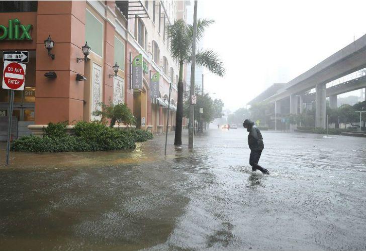 El huracán Irma ya tocó tierra.