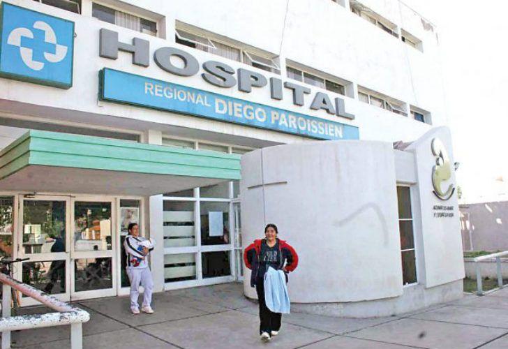 Hospital Paroissien, donde nació el bebé de la joven.
