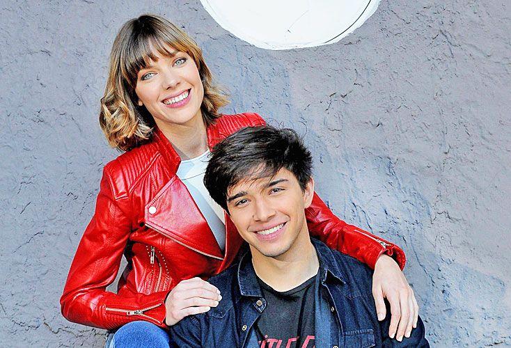 BELLOS. Julián Serrano, de youtuber a galancito de TV. Laura Laprida, de 27 años, volvió a Telefe.