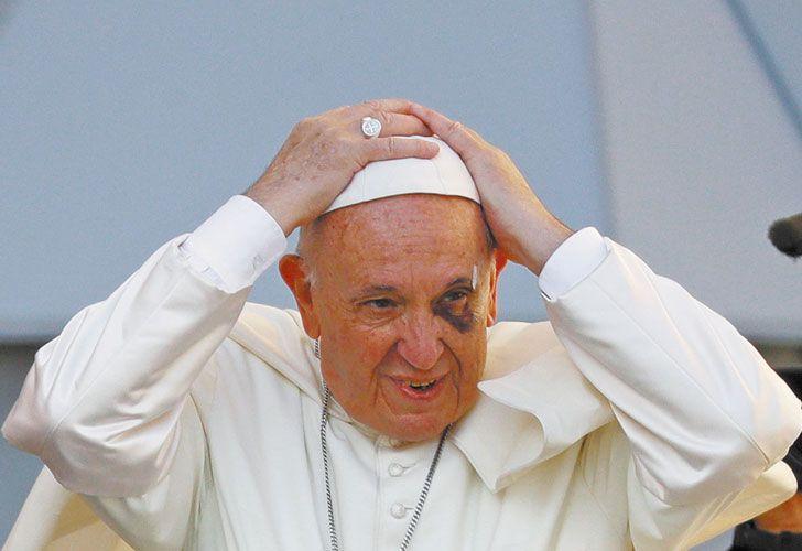 """GRIETA: """"El Papa llega y se termina la discusión"""", dicen que bromea Francisco."""
