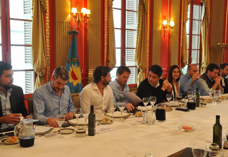 El jefe de Gabinete, Marcos Peña, y su par bonaerense, Federico Salvai.