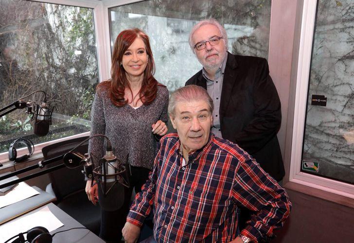 Cristina Kirchner, junto a Víctor Hugo Morales y Eduardo Aliverti.