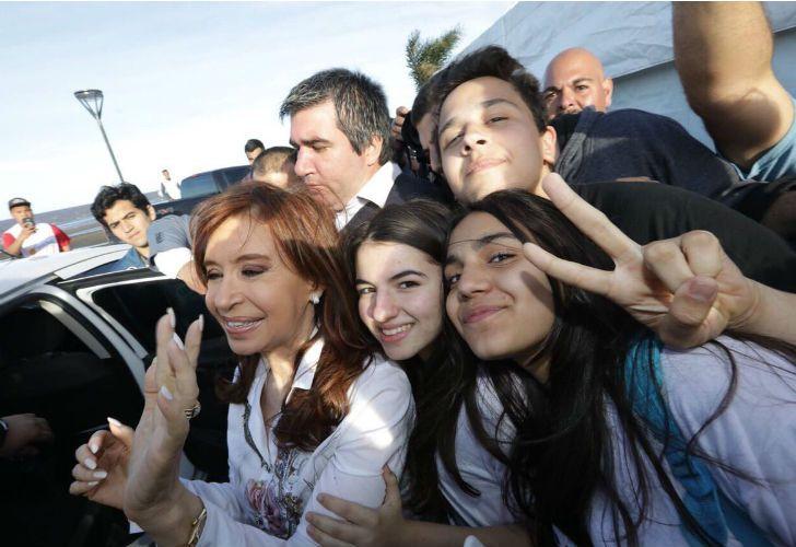 Cristina Kirchner realizó un acto con estudiantes.
