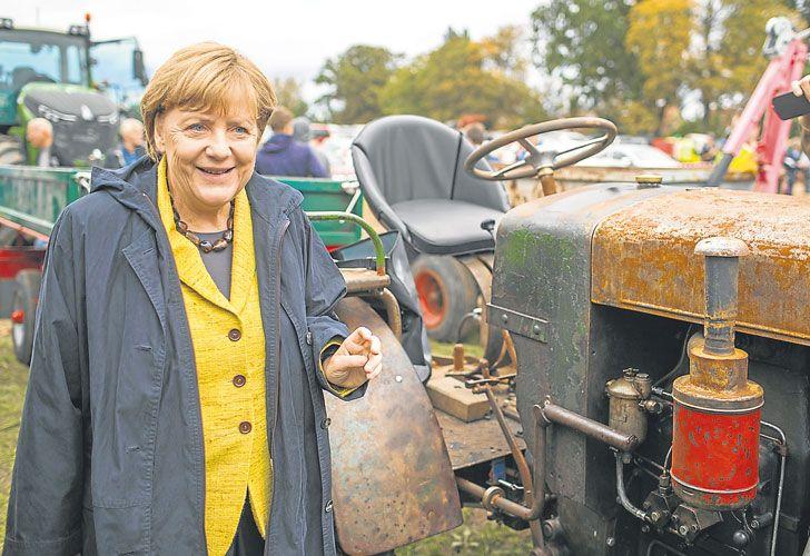 Tractorcito. A base de estabilidad económica y liderazgo global, Merkel llega a las urnas con una ventaja de cerca de veinte puntos.