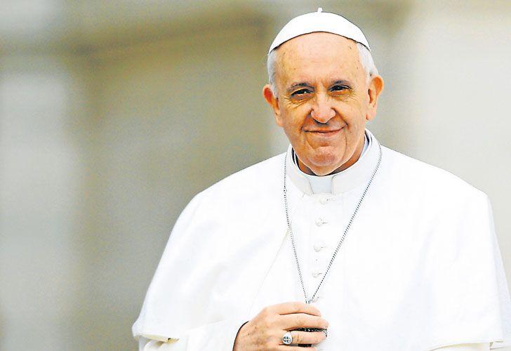 Bergoglio. Esta semana crecieron los rumores de su visita el año próximo, pero fue desmentida.