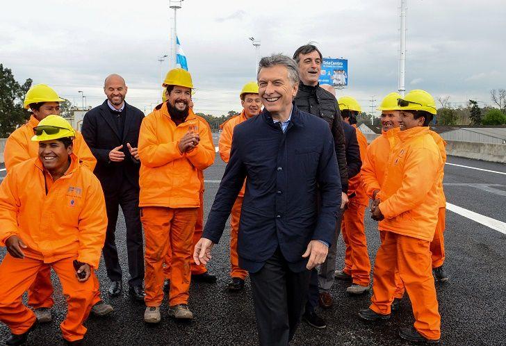 Macri no perdió oportunidad para chicanear al intendende de Lomás Zamora al inagurar obras en Puente La Noria.