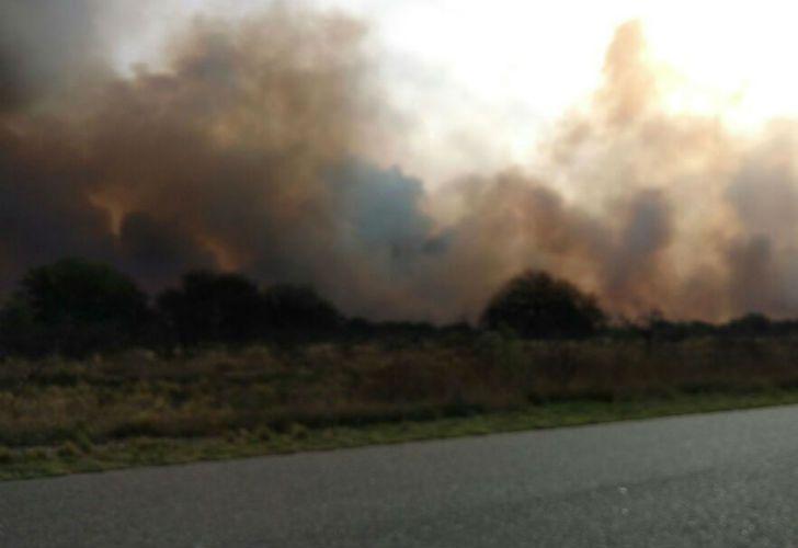 Incendios y evacuados por el viento zonda en San Luis.