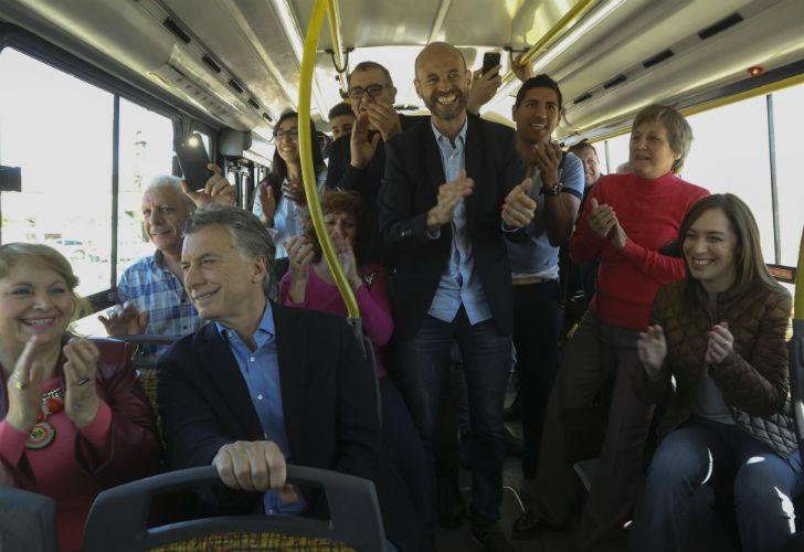 Macri y Vidal inauguraron el Metrobus de Tres de Febrero.