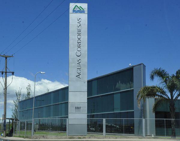 RECALCULANDO. Aguas Cordobesas tiene un contrato con la Provincia de Córdoba que rige hasta el 2027. La última renegociación fue en el 2005.