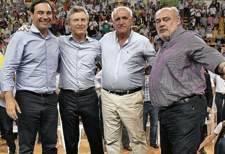 Mauricio Macri con Gustavo Valdés, candidato de Cambiemos en Corrientes.