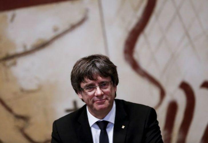 Carles Puigdemont buscará la independencia catalana ante el parlamento regional.