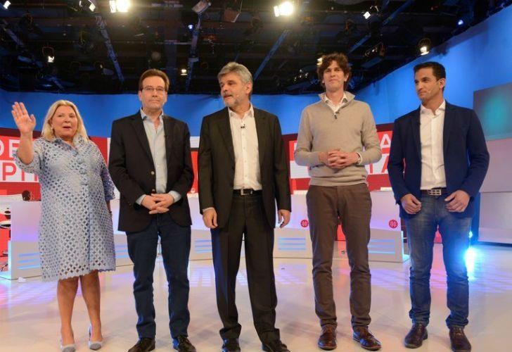 Carrió, Filmus, Lousteau, Ramal y Tombolini en el debate en A Dos Voces.