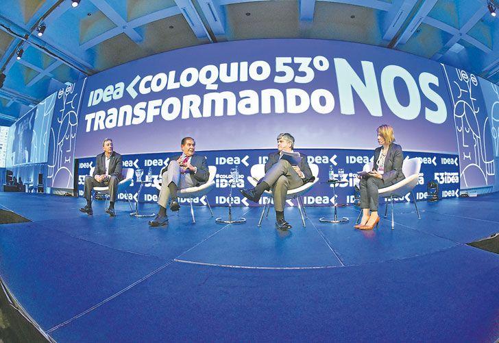 Agenda laboral. Guillermo Pereyra, sindicalista petrolero, y Miguel Gutiérrez (de YPF), en IDEA.