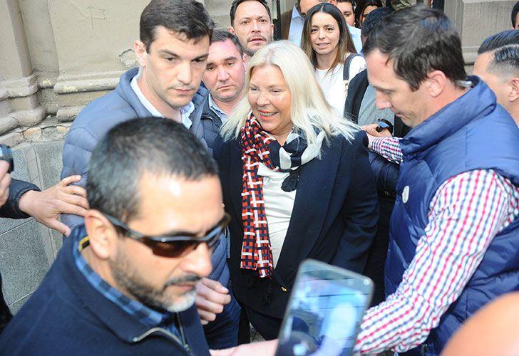 Votó Elisa Carrió