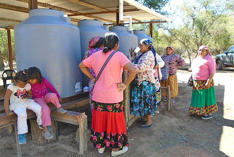 Mapeo. Es fundamental para delimitar las tierras y evitar conflictos. Las cisternas reemplazan a los pozos, muy contaminados.
