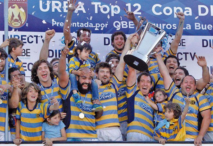 Festejo. El equipo de Don Torcuato derrotó 27-20 a Alumni y ganó el sexto título en diez años.