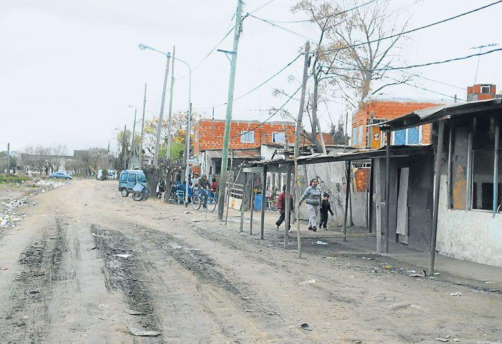 Villas bonaerenses. La idea que manejan en La Plata es que la primera etapa abarque las villas de cinco municipios del Conurbano.