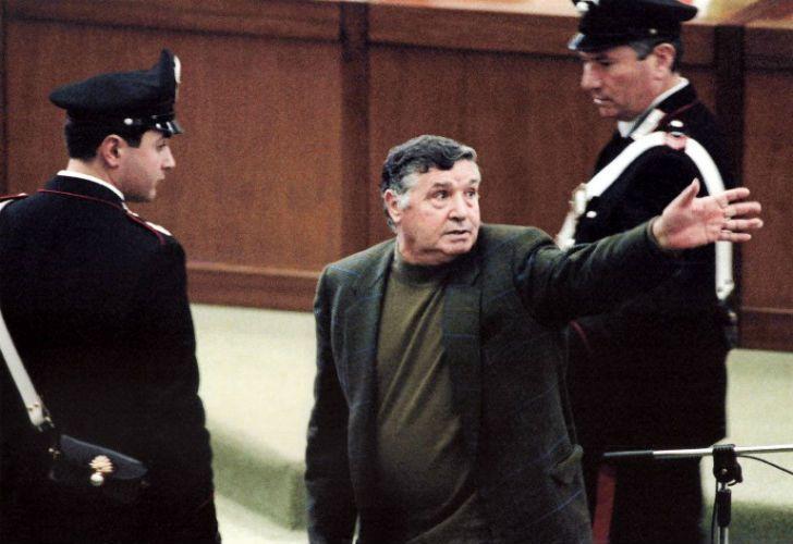 El 8 de marzo 1993 'Toto' Riina durante el juicio en la prisión de Ucciardone en Palermo.