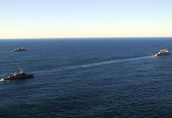 Gran operativo aéreo y naval para encontrar al submarino ARA San Juan