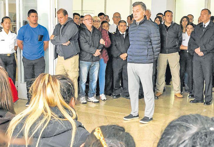 Ara San Juan. Macri se tomó el fin de semana y luego fue a ver a los familiares a Mar del Plata.
